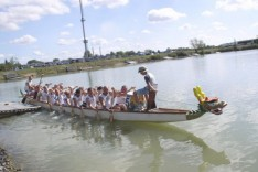 Dragon_boat_dRacice_2008_Pilsner_dragons_I